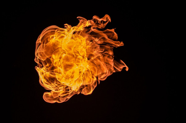 flame-726268_1920